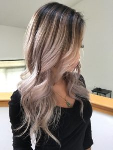 Asian hair looks amazingly with blonde highlights