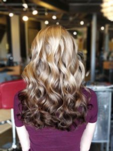 Dyeing your hair with ombre highlights