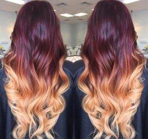 Golden highlights for your burgundy hair with highlights