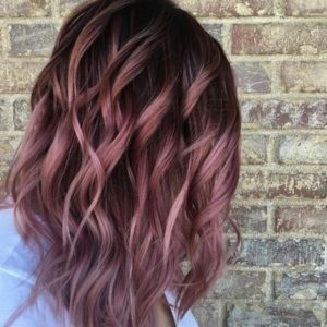 the Auburn-Redwood Wavy Ombre technique for your burgundy hair with highlights